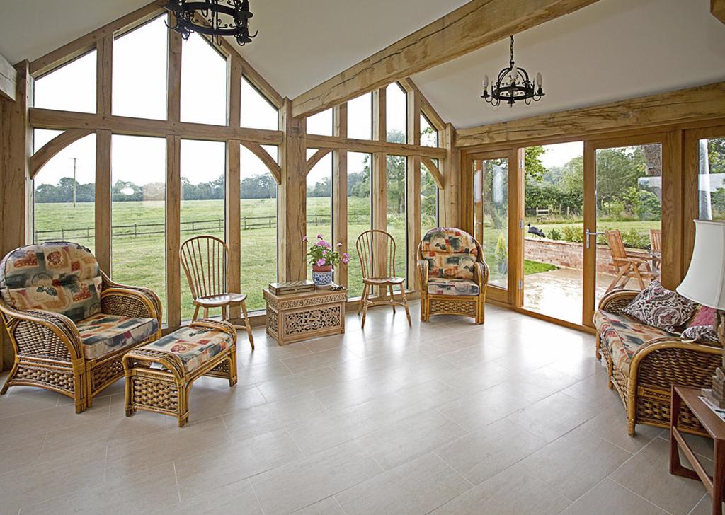 Colemans Hill Farm Oak Hybrid -Family Sun Room
