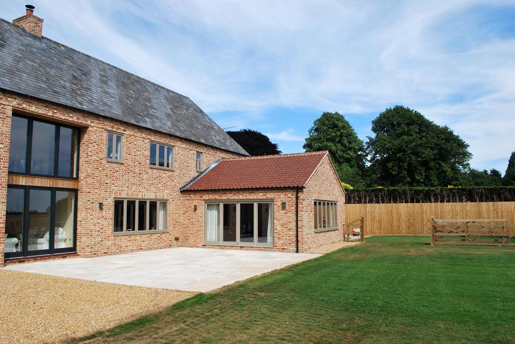 Newton Barn Traditional Build Rear Exterior