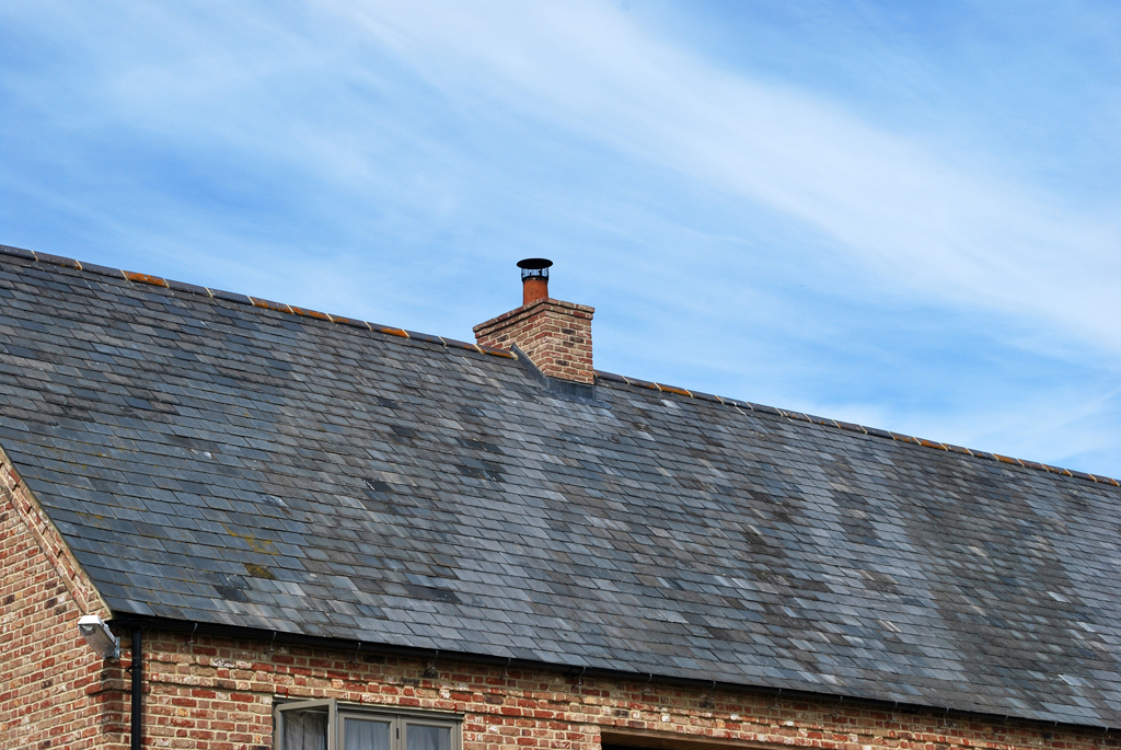 Newton Barn Traditional Build Roof Tiles